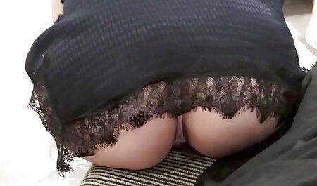 Una hermosa abuela anal casero morena en casting este moderno cuerpo desnudo y apretado