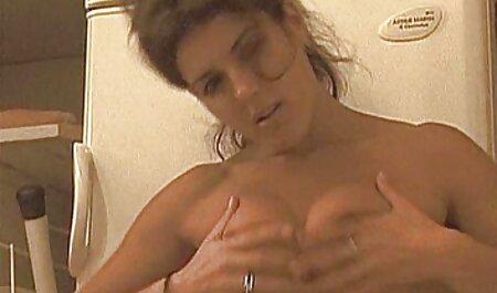 Tetas grandes chica en sexo orgias caseras negro pantalones shuffle culo selulitnya en baño