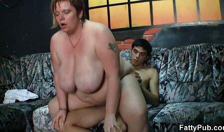 Dos miembros masculinos golpeando videos sexo duro casero todos los agujeros de una rubia