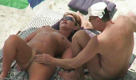 Futuro de vuelta videos caseros sexules a casa y besar a su esposa una pequeña habitación dulce