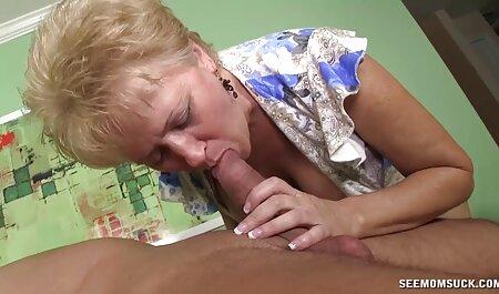 Li-eyed mamá en traje de látex se sienta en la cara del hombre y presiona Su pie en su videos xxx sexo casero boca