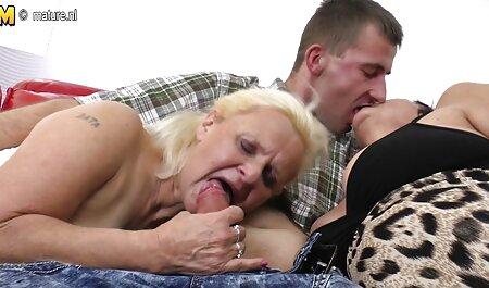 Esposa morena xxx casero amateur para un socio y para él