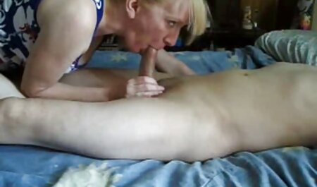El Fisting perfecto y la Vagina es para los amantes sexo casero entre hermanos