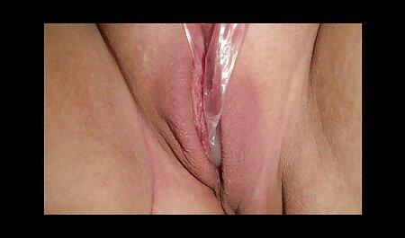Elegante español con forma curva para sexo con prima casero perder